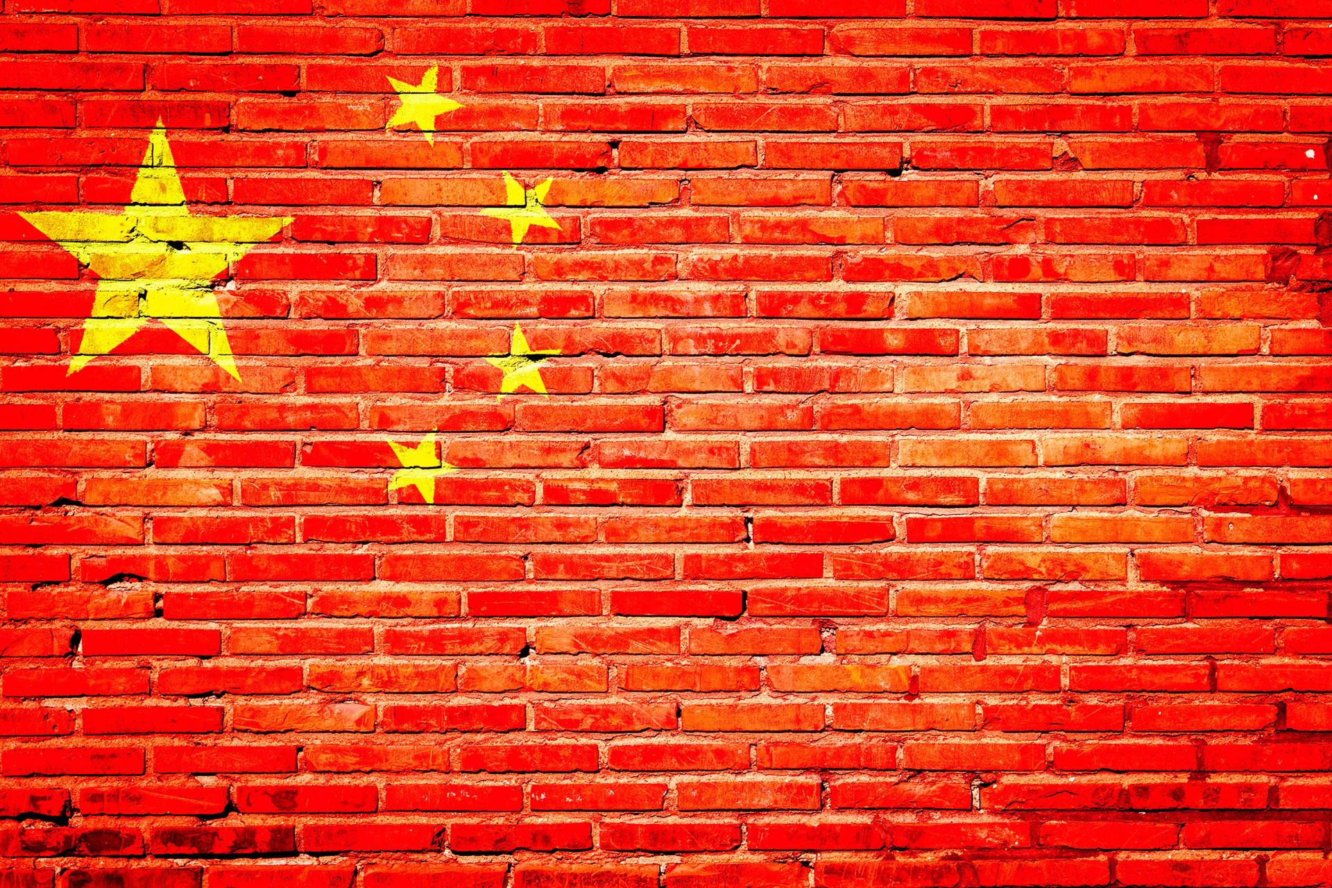 日銀でお金刷りまくらないと、中国の買収が始まる。
